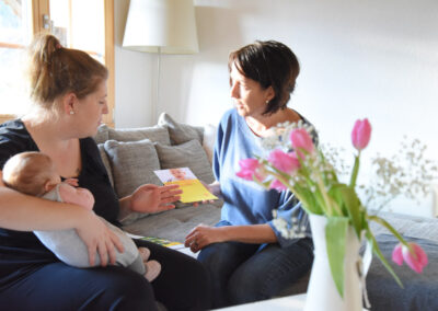 wochenbett-thun-kennenlernen-hilfe-dasein-betreuung