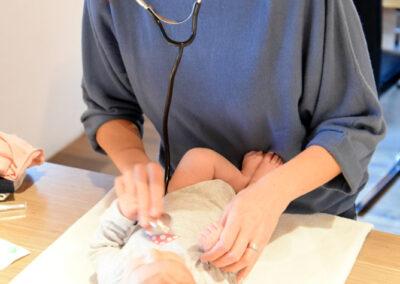 baby-hilfe-pflege-liebevoll