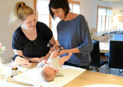 schwanger-wochenbetthilfe-tanja-baby
